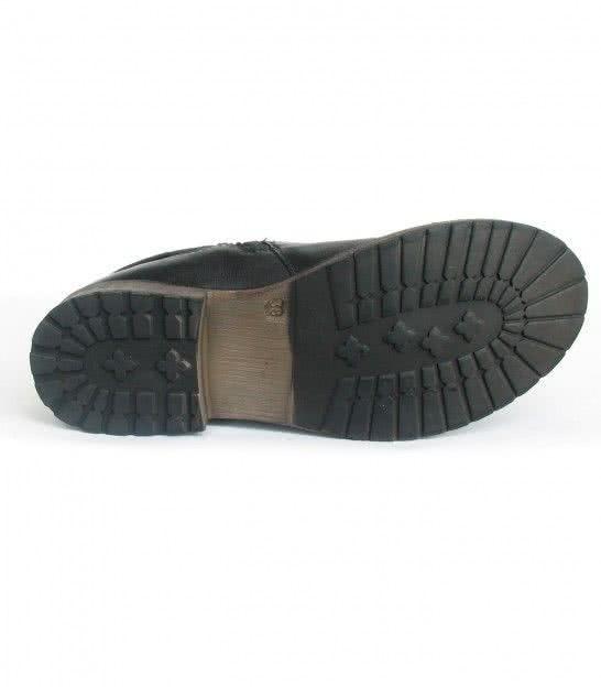 Шкіряні чоботи Lotus